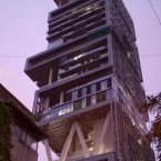 Custom built tower, Mumbai - €700million. Features multiple ballrooms, moving stages and 600 servants. (Jay Hariani via Flickr)
