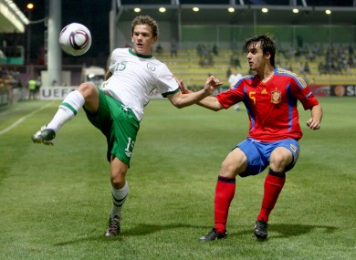 Ireland's Sean Murray holds off Spain's Jon Aurtenetxe.