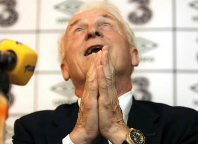 Giovanni Trapattoni : praying for an extension.