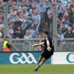 Stephen Cluxton kicks the winning point.