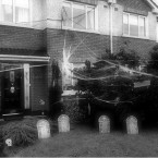 Another image of @Jim_Sheridan's 'haunted-for-a-day' house.