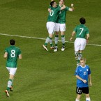 ... and then celebrates with Robbie Keane.