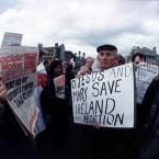 Opposing demonstrations meet on 25 March 1992.