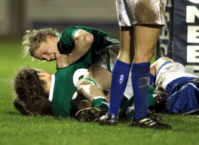 Jennifer Murphy celebrates her second-half try with Laura Guest.