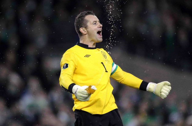 Shay Given celebrates at the end of the game 15/11/2011