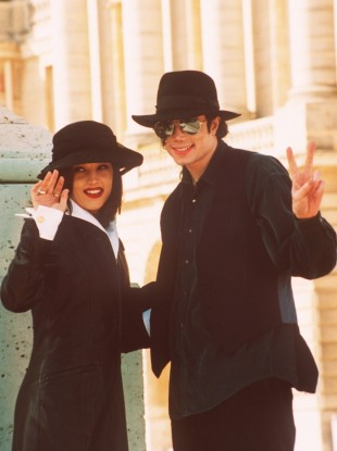 Michael Jackson and his then wife Lisa Marie Presley in Paris in 1994. 