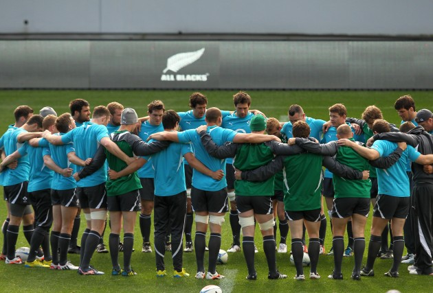 Ireland captain Brian O'Driscoll talks to his team during the captains run 8/6/2012