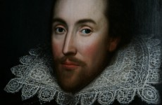 Remains of early Shakespearean theatre discovered in London