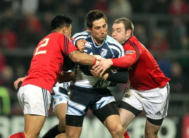 Gavin Henson in action for Cardiff against Munster.