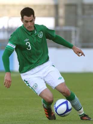 Cunningham playing against Italy at the Showgrounds.