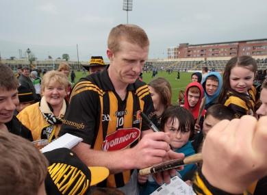 Henry Shefflin signing autographs after the Leinster semi-final.