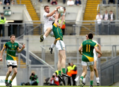 Meath's Conor Gillespie and Daryl Flynn of Kildare.