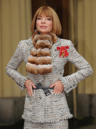 Even fashion royalty Anna Wintour couldn't decide between the belt and the scarf when collecting her OBE in 2008.