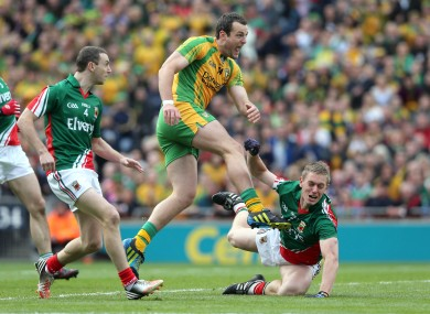 Michael Murphy of Donegal scores the first goal of the game