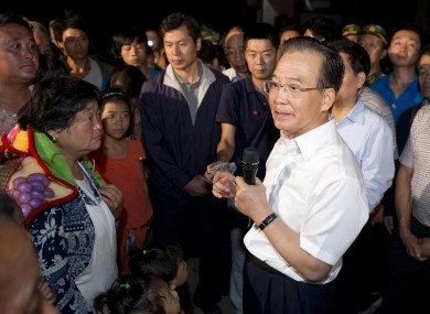 Chinese Premier, Wen Jiabo, talks to earthquake victims in Zhaotong