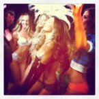 Angels dancing to Justin Bieber (Victoria's Secret/Instagram) 