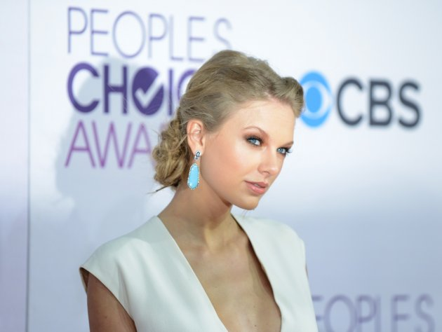 39th Annual People's Choice Awards - Arrivals - Los Angeles
