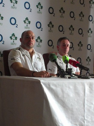 Rory Best and TheScore.ie microphone, reunited.