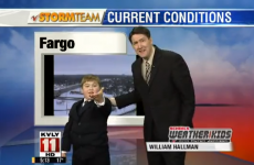 VIDEO: World's cutest weatherman
