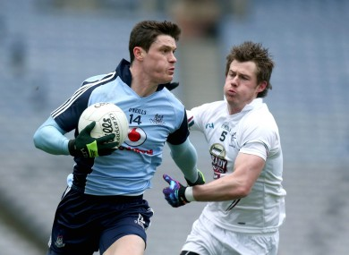 Dublin's Bernard Brogan and Kildare's Ollie Lyons.